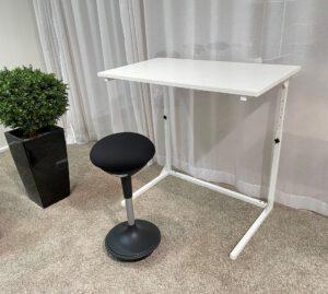 Korkeussäädettävä pieni työpöytä Home&Office (kansi 100x60cm)