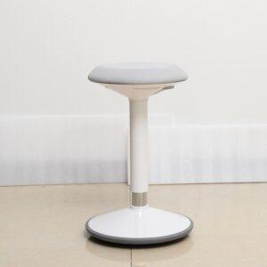 Korkeussäädettävä kaasujousipulpetti 70-110cm, valkoinen (kansi 600x500mm) Koottuna ja perilletuotuna! (Kopio)